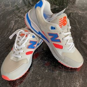 NWT - NEW BALANCE - Leather and Canvas Shoes